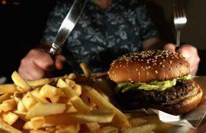 diete-dimagranti-e-autostima-quanto-le-emozioni-e-il-cibo-sono-collegati